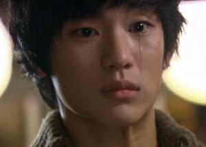 sam-dong-crying